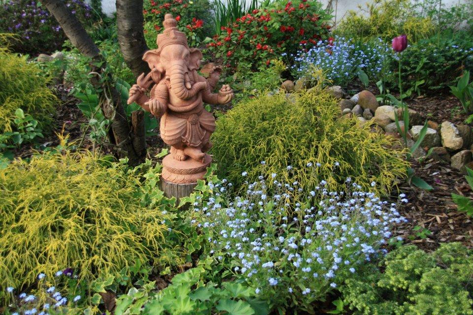 Bild Ganesh Garten